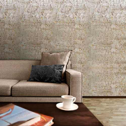 диван и пробковая стена