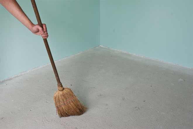 очистка помещения от пыли