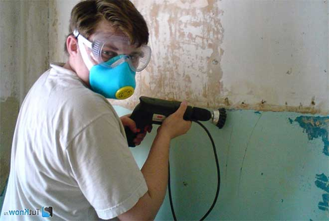 снятие краски со стены