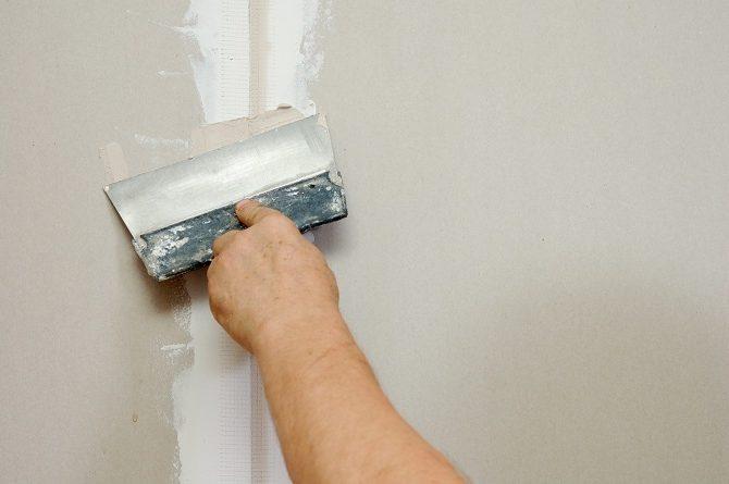 Что делать если промерзает стена