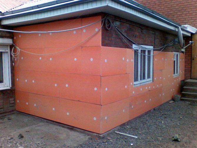 Утепляем дом пенополистиролом