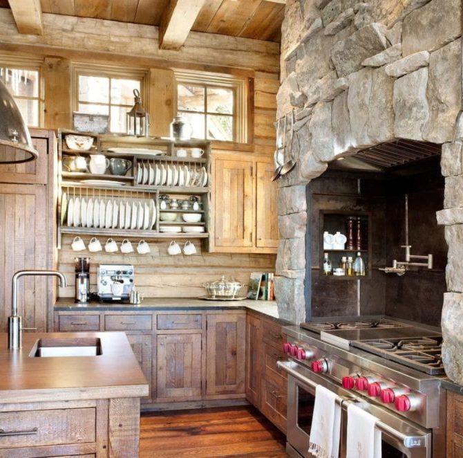 Кухня с декоративным камнем