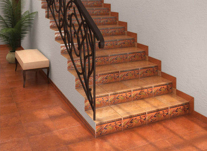 Лестница с плиткой
