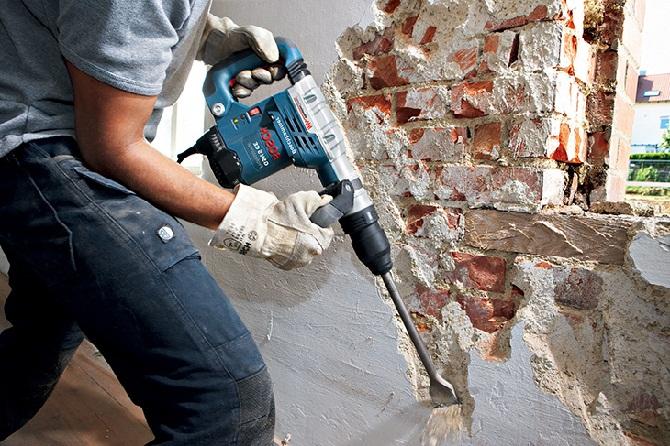 Разборка кирпичной стены